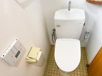 トイレリフォーム 便器の黒ずみを抑えるお手入れしやすいトイレ