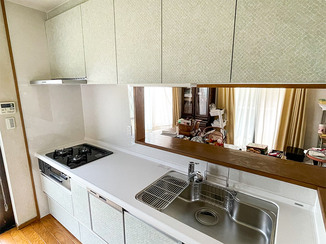 キッチンリフォーム 内装にこだわり、オシャレに一新した水廻り設備
